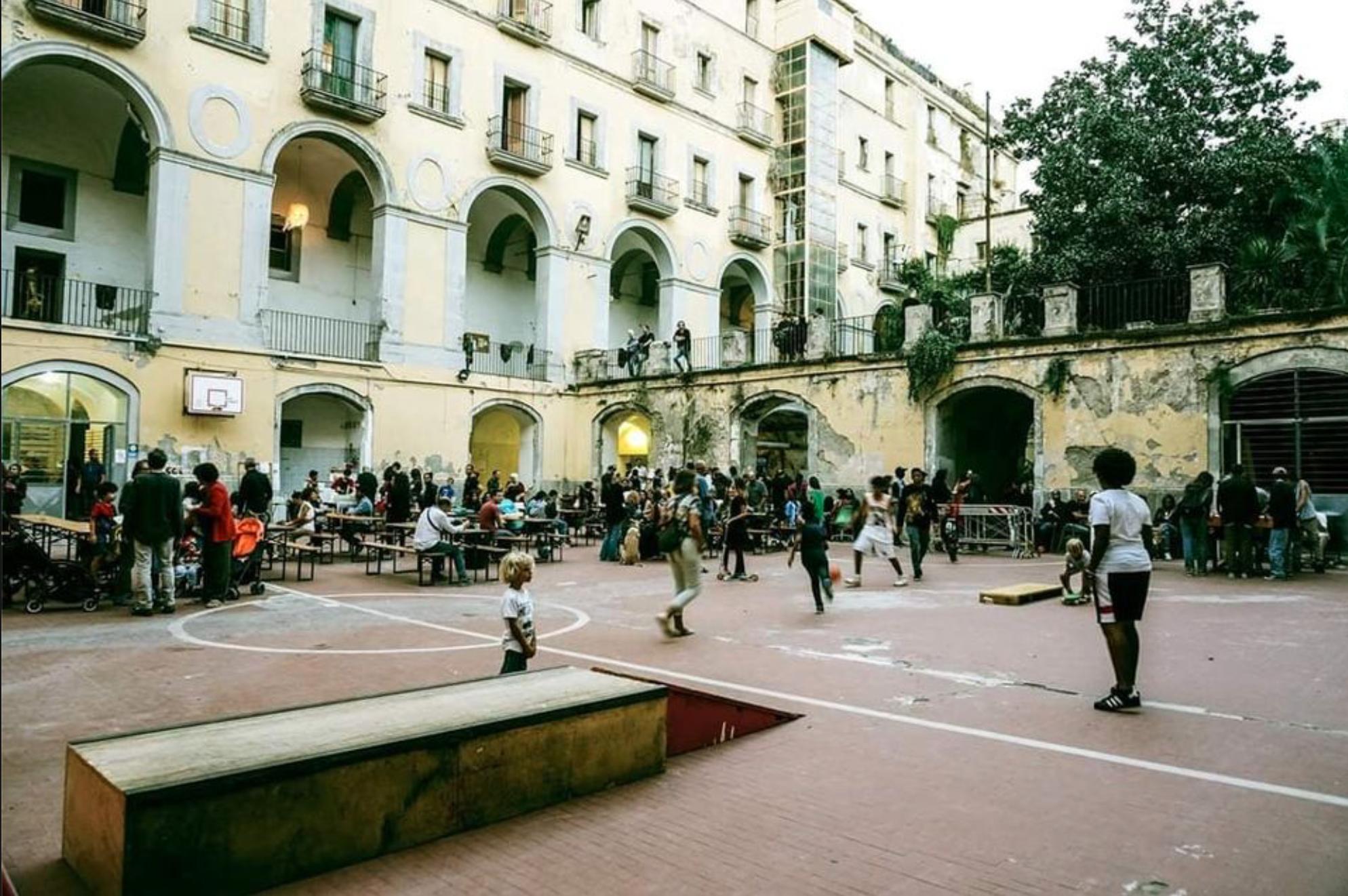 Scugnizzo Liberato, Naples